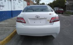Toyota Camry LE 2010-9