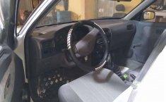 Auto Tsuru a la venta en buenas condiciones-4