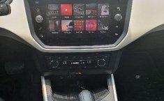 Seat Arona-12