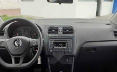 Volkswagen Polo 2019 5p Startline L4/1.6 Aut-10