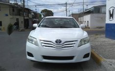 Toyota Camry LE 2010-8