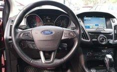 Ford Focus-7