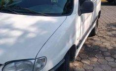 Vendo camioneta Peugeot Partner - 2005-4