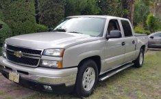 Chevrolet Cheyenne Club Cab 4x2 semi Nueva-5
