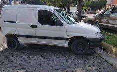 Vendo camioneta Peugeot Partner - 2005-2