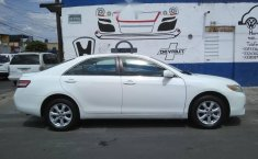 Toyota Camry LE 2010-1