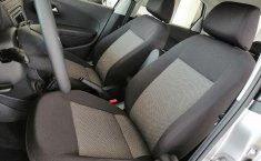 Volkswagen Vento Comfortline-12