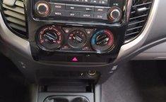 Mitsubishi L200 Pick Up-7