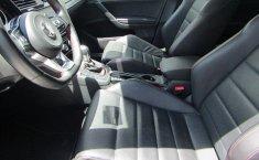 Volkswagen Golf GTI-11