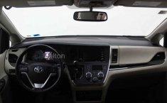 Toyota Sienna-7