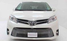 Toyota Sienna-0