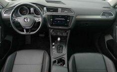 Volkswagen Tiguan-11