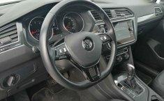 Volkswagen Tiguan-6
