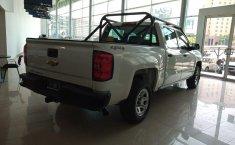 Chevrolet Silverado-1