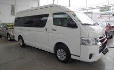 Toyota Hiace-9