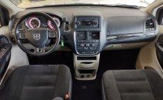 Dodge Grand Caravan-0