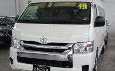 Toyota Hiace-0