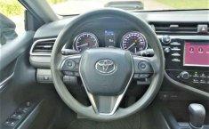 Toyota Camry-15