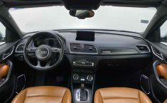 Audi Q3-21