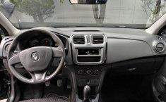 Renault Logan-11