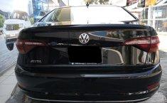 Volkswagen Jetta-8