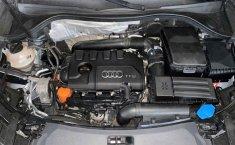 Audi Q3-16