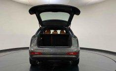 Audi Q3-10