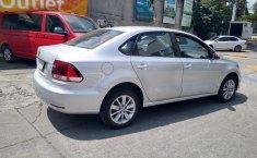 Volkswagen Vento Comfortline-8