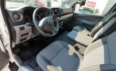 Nissan NV350 Urvan Panel-1