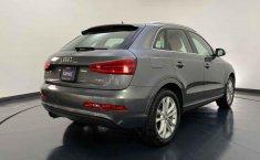 Audi Q3-0