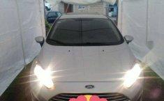 Ford Fiesta Modelo 2016 Versión SE HACHTBACK-1