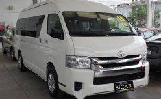 Toyota Hiace 2019 2.7 GL 15 pasajeros Mt-2