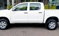 Toyota Hilux-0