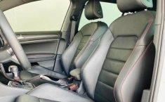Volkswagen Golf GTI-13