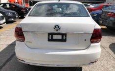 Volkswagen Vento Highline-8
