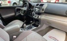 Toyota RAV4-9