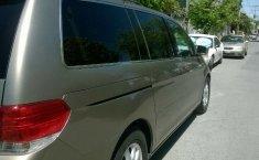 Honda Odyssey muy comoda-8