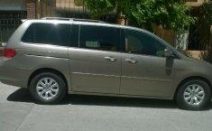 Honda Odyssey muy comoda-7