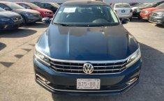 Volkswagen Passat Highline-3