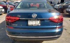 Volkswagen Passat Highline-2