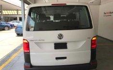 Volkswagen Transporter Pasajeros-2
