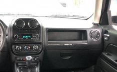 Jeep Patriot 4x2 aut a/ac ba abs R-17 2.4L 4 Cil.-11