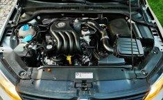 Volkswagen Jetta MK6 4 cil. Único Dueño-13
