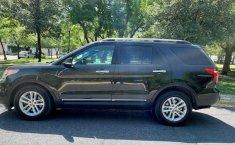 Ford Explorer XLT 2014-10