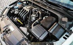 Volkswagen Jetta MK6 4 cil. Único Dueño-9