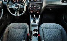 Volkswagen Jetta MK6 4 cil. Único Dueño-1