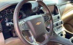 Chevrolet Suburban 2016 5p LT V8/5.3 Aut-12