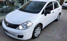 Nissan Tiida 2015 4p Sedán Drive L4/1.6 Man.-5
