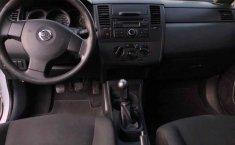 Nissan Tiida 2015 4p Sedán Drive L4/1.6 Man.-4