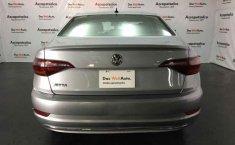 Volkswagen Jetta 2019 4p Trendline L4/1.4/T Man.-18